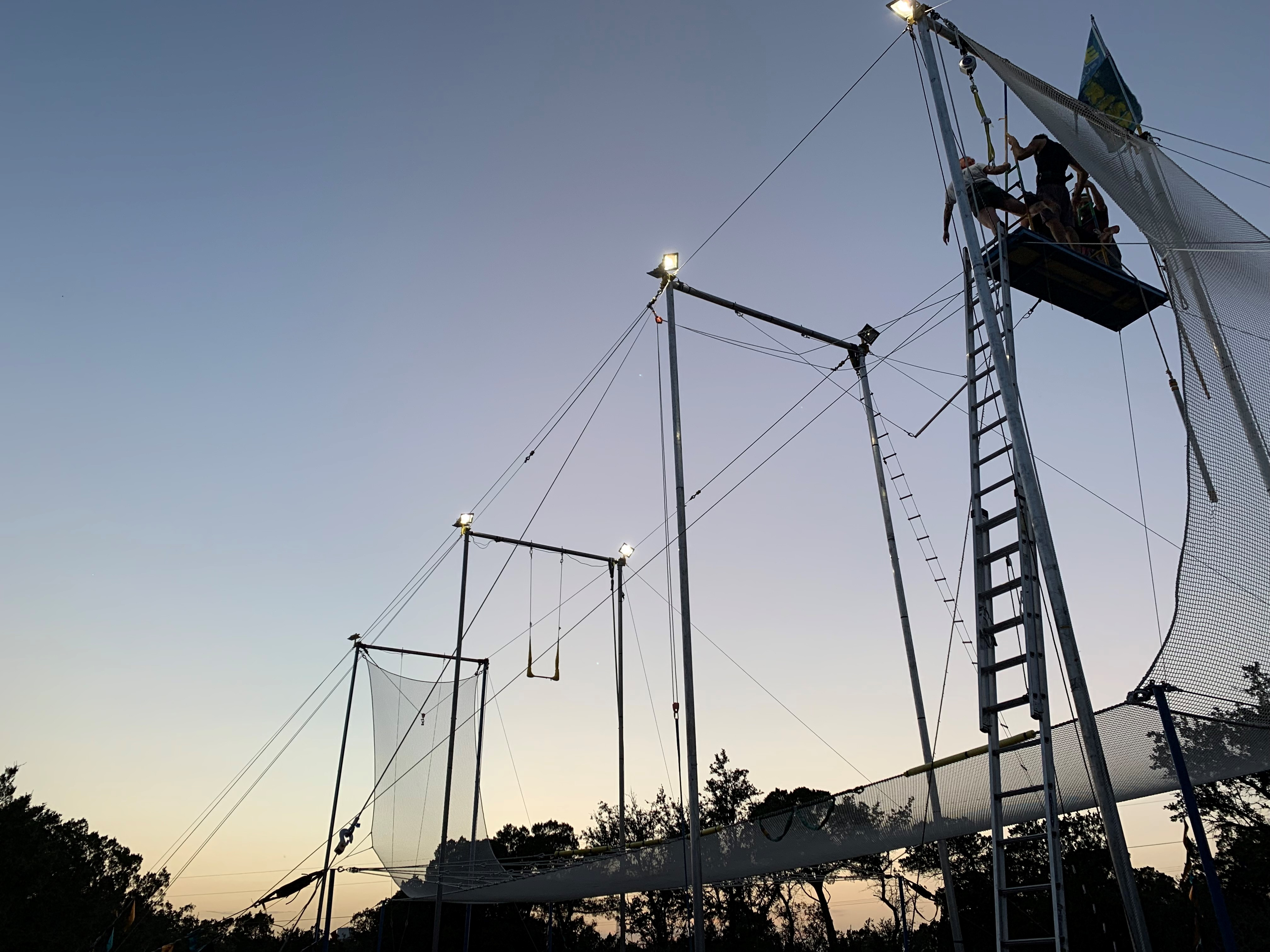 Flying Trapeze 1
